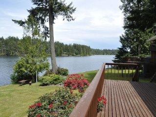 Lakeshore Cottage Retreat