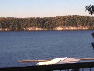 Top Notch Lake Retreat with a million dollar view!!  Weekly Rate Available