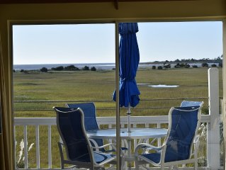 Beautiful, Upscale  Condo On Private Harbor Island- Salt Marsh And Ocean Front !