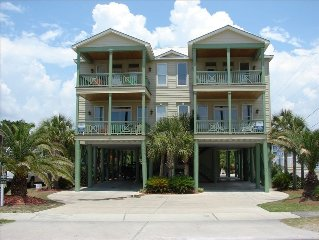 'Manatee Mansion'  2nd Row, Private Pool, Great Beach Access!  Very Clean!