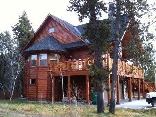A Rustic Luxury Retreat with Tamarack Views!
