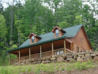 2 Bedroom Log Cabin for mountain vacation