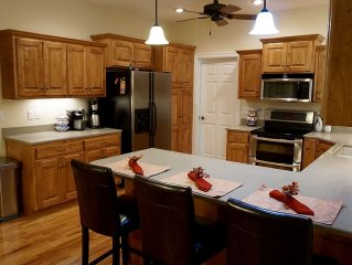 Spacious Home Less than 10 Minutes from Bill Snyder Family Stadium and KSU