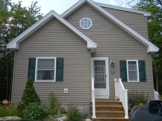 Beautiful PT Sebago home-Columbus Day Weekend Available