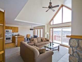 Luxury 3 Bedroom 2-level ski-in/ski-out condo, Sleeps up to 8