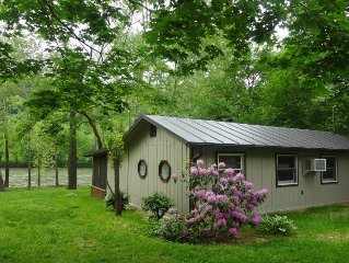 Chill'axin On The Shenandoah River Cabin Rental