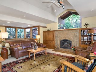 Delightful Tahoe Tavern 3BR/2BA 'Tree House' Condo - Aug/Sept Dates Available!!!