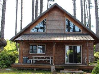 Sea Crest Coastal Cabin - Private Oceanfront Woodland Family Retreat