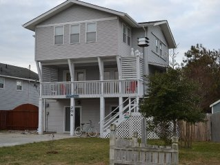 Family Friendly Cottage w/Ocean Views. LifeGuarded Beach at access.