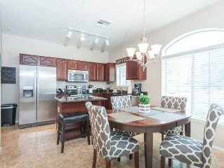 *AUG SPCL* 2 King Bdrm Suites!! Close To Everything! Especially The Cubs And Asu
