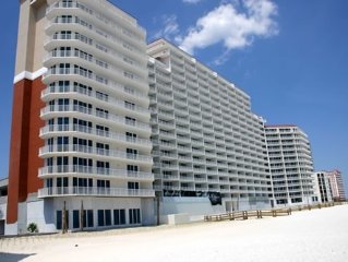 3BR/3BA Gulf-Front Special Low Rate Front Door Parking .