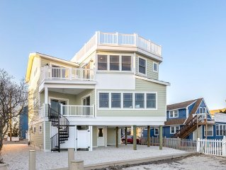 Luxury LBI Waterfront Home with Dock (Perfect for Boat Owners!)