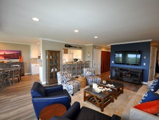 Contemporary South County Escape Walking Distance To Beach