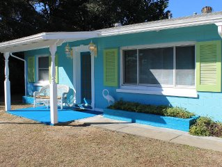 Ocean View Cottage, Steps From The Beach,Canal Front, Bring Your Fishing Pole