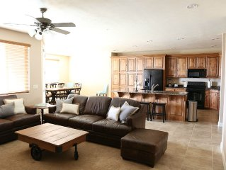 Luxury 4bd/3bth Condo at Las Palmas Resort, From $240 per night