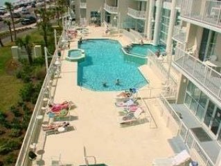 Amazing Gulf  and Beach views!  Upgraded 1br/2ba luxury condo