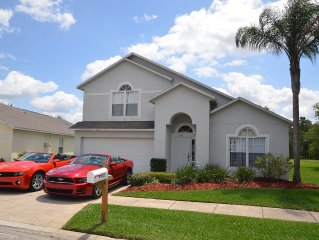 Romantic and Family friendly 4BR/3.5BA Villa - Lakeside - 2 Masters with Jacuzzi