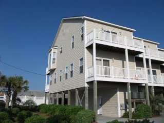 Ocean Front Community-4 BR-3.5 Bath-Gorgeous Water Views Booking 2017 Now!