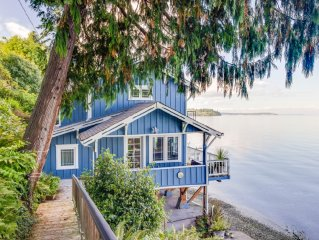 NEW IMMEDIATE AVAILABILITY! Bainbridge Is Beach Cottage 118' Low Bank Beachfront