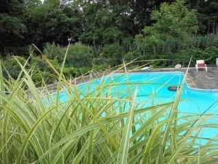 NOFO  ESCAPE relax-swim-enjoy. Bachelorettes-Weddings-Family vacation