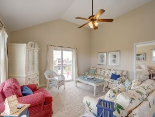Beachy and Beautiful in Avon's Kinnakeet Shores 4Br-4 Masters! Outerbanks!!!