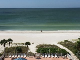 Remodeled Beachfront 3 Bedroom Penthouse - Beautiful Redington Shores
