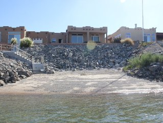 Waterfront Oasis On The Colorado River!