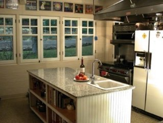 Historic Point Comfort Lodge on Upper Klamath Lake