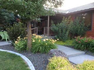 The Keeper Of The Valley-baker City's Quality Rural Destination-4 Brdm/sleeps 12