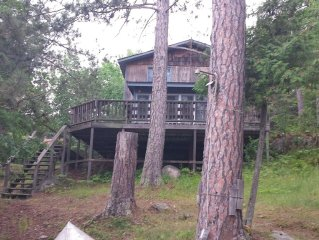 Comfy Lake Vermilion Cabin-- Pet-friendly, 3 Bedrooms