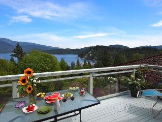Panoramic Views, Best Area (Deep Cove), 20 Mins from Downtown, Garden w Stream!
