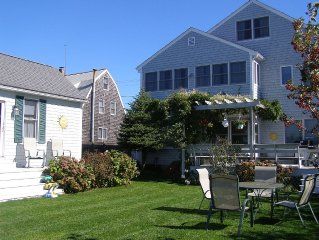 River/ Marsh front home with ocean/beach access in Green harbor. Sleeps 11.