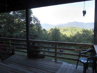 Relaxing Mountain House, Gorgeous Views, Close to Outdoor Fun