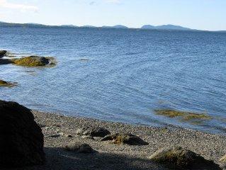 Ideal Surry location on  edge of Blue Hill, Acadia/Bar Harbor - Ocean Access