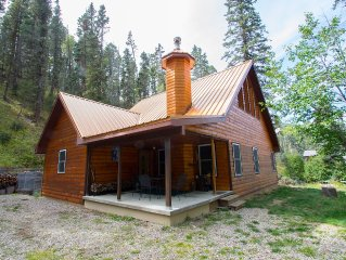 Picture Perfect Red River Mountain Cabin with Creek In Front & Forest Out Back!