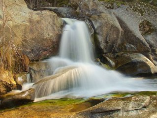 Riverfront Property with Waterfalls near Yosemite and Bass Lake