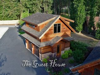 Private, Luxury Waterfront Guest House by Coeur d'Alene Lake Idaho
