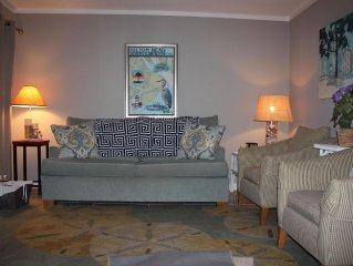Fully Upgraded, Admirals Row 2 BR/BA Villa, With Great Ocean View!