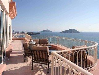 Ocean-Front Luxury Penthouse - Best in Mazatlan