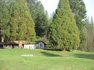Beautiful Location. Secluded Family Adventure awaits. New Furnishing - 3 bedroom