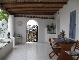 Panarea - Sea View Cottage, Close to Beach and Town