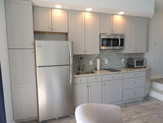 Newly Renovated Beachfront Penthouse Condo - GREAT SUMMER DATES STILL AVAILABLE!