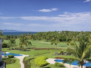 Ocean View Penthouse in Punta Mita, Golf Cart, Maid, Premier Golf Membership