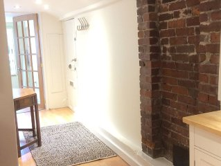 Quiet 1 BR and  Office Steps from Eclectic Commercial Drive