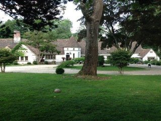 One of a kind peaceful and private French Retreat with Pool - 1Hr from Manhattan