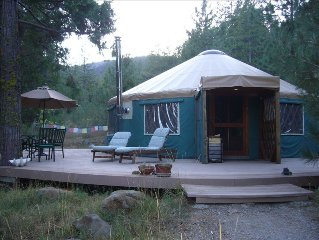 Creekside Yurt Retreat at Mount Shasta