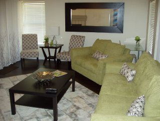 (2) Spacious Living/Dining Areas-Hardwood Floors-Open Floorplan-$119 Special