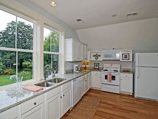Minutes To The Beach And Downtown Charleston-New Place With High End Finishes