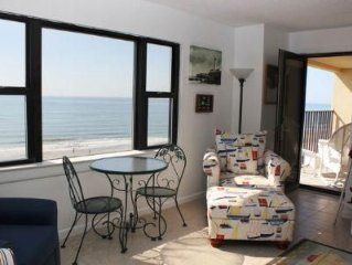 Direct Oceanfront condo 4th floor in gated community