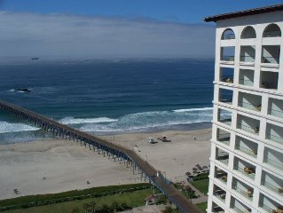 Ocean Front Beach Penthouse - Heart Of Entertainment District,shopping, Dining